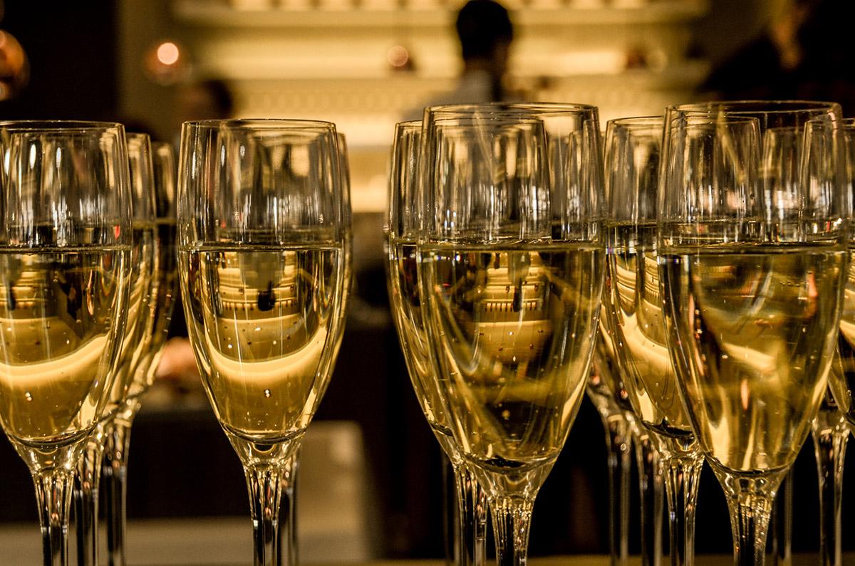 djuronaset-nyar-champagne
