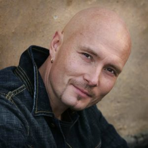 Johan Broding är en av artisterna som kommer till os på Rock the Night den 4 maj.