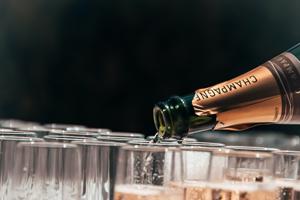 Champagnefredag Djurönäset